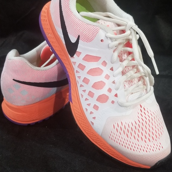 nike running neutral shoes